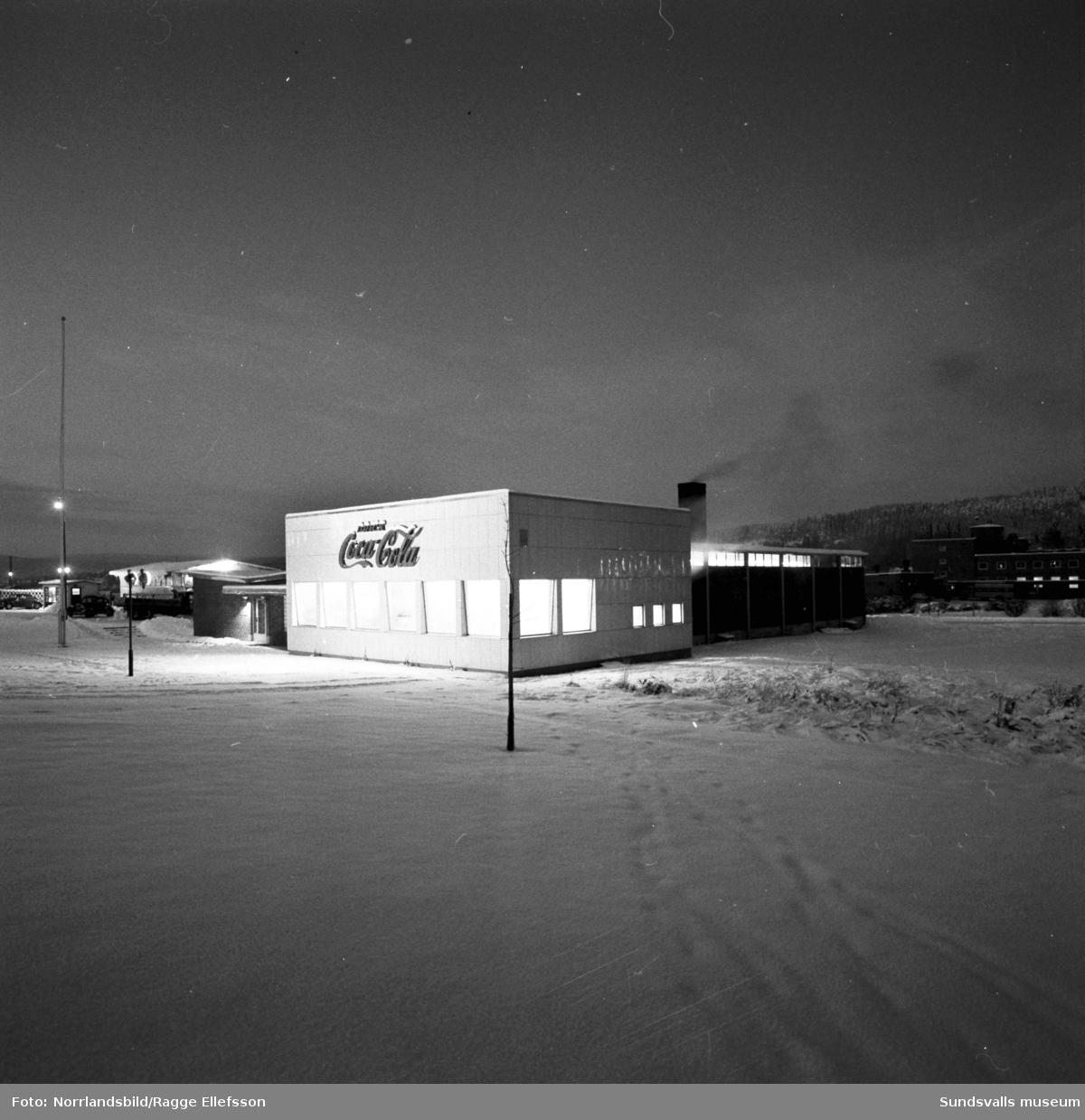 Coca-Colafabriken i Nacksta, exteriörbilder.