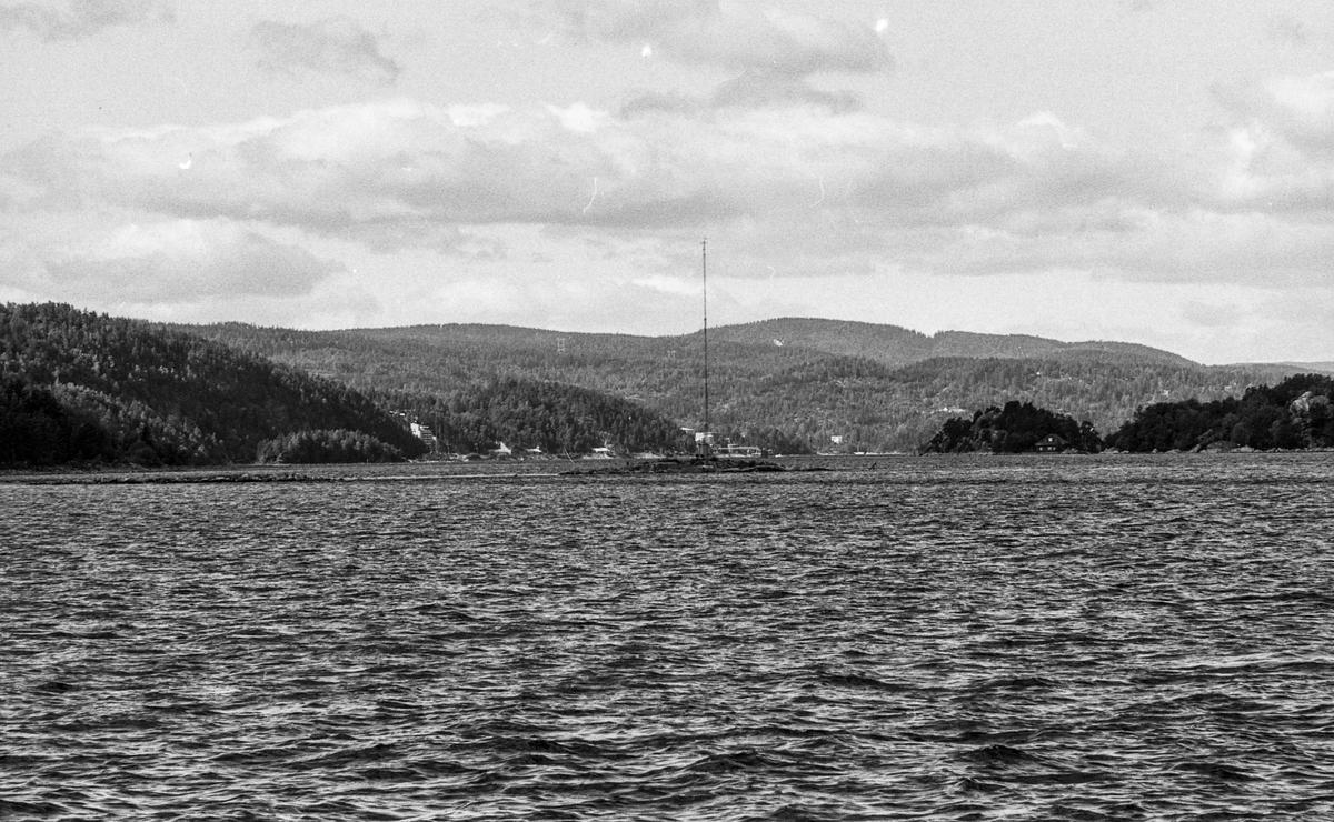 Oslofjorden mellom Drøbak og Hurum, ser over mot Sætre i Hurum og øyene ved H-øya.