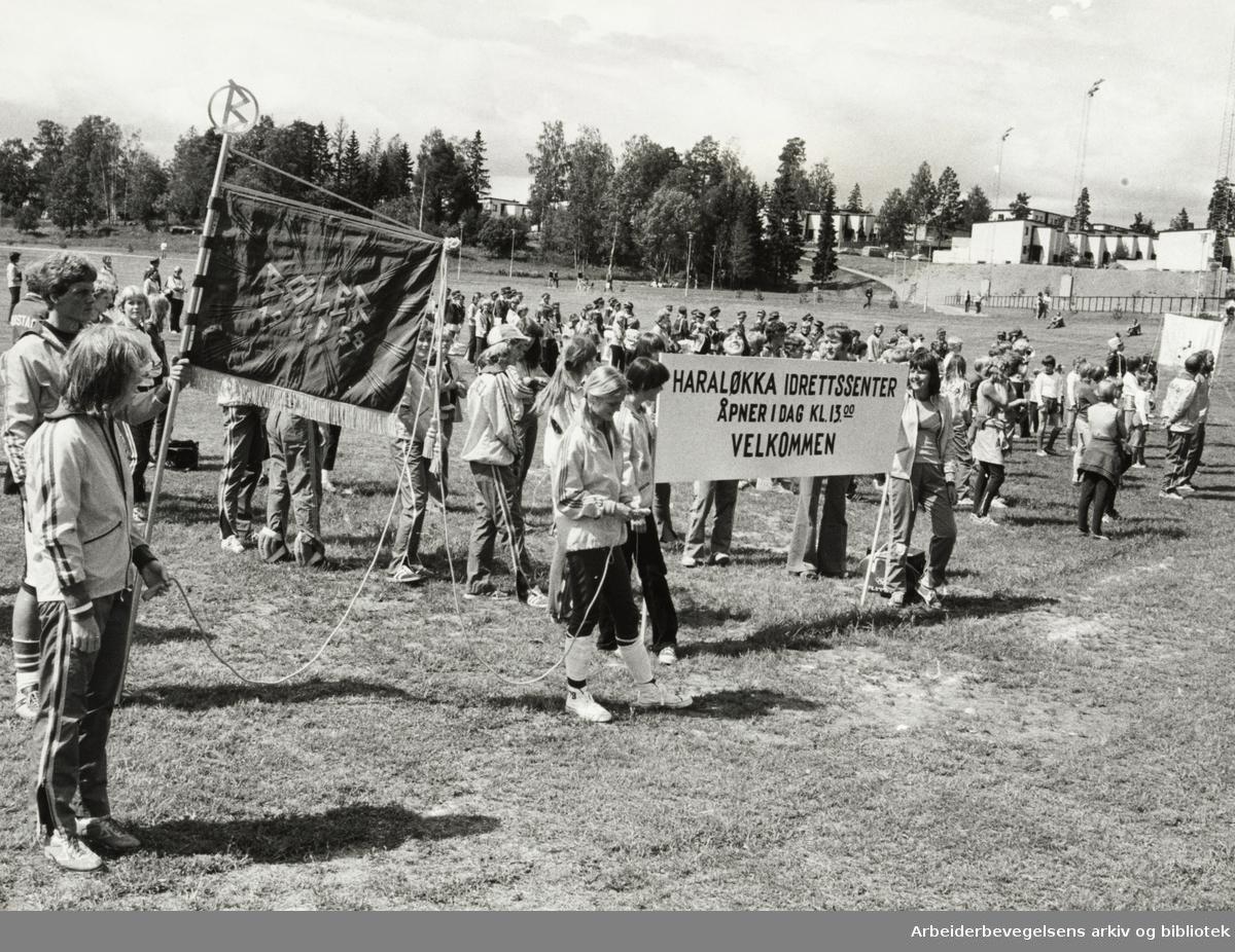 Bøler. Haraløkka idrettssenter har åpnet. Juni 1978