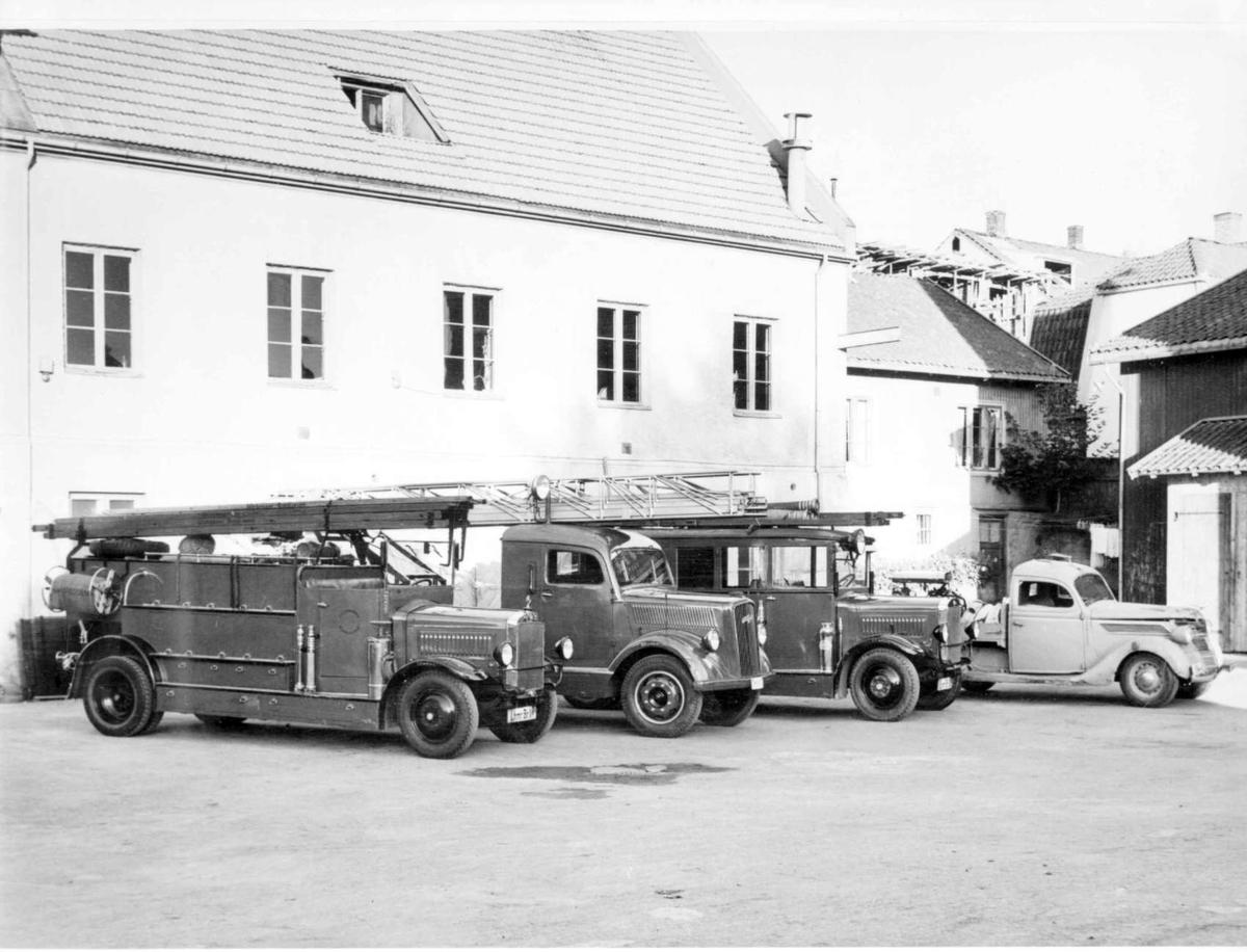 Repro: Brannbiler tilh. Lillehammer brannvesen.