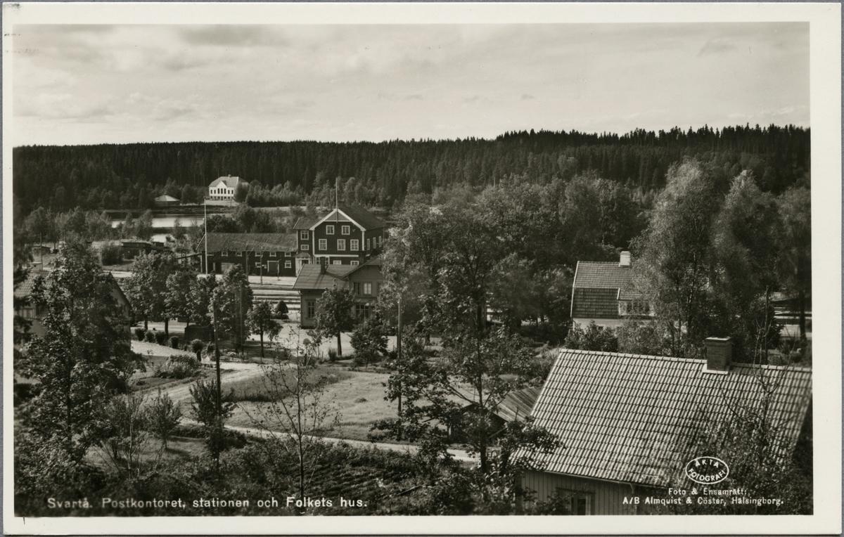 Svartå. Postkontoret, stationen och Folkets hus.