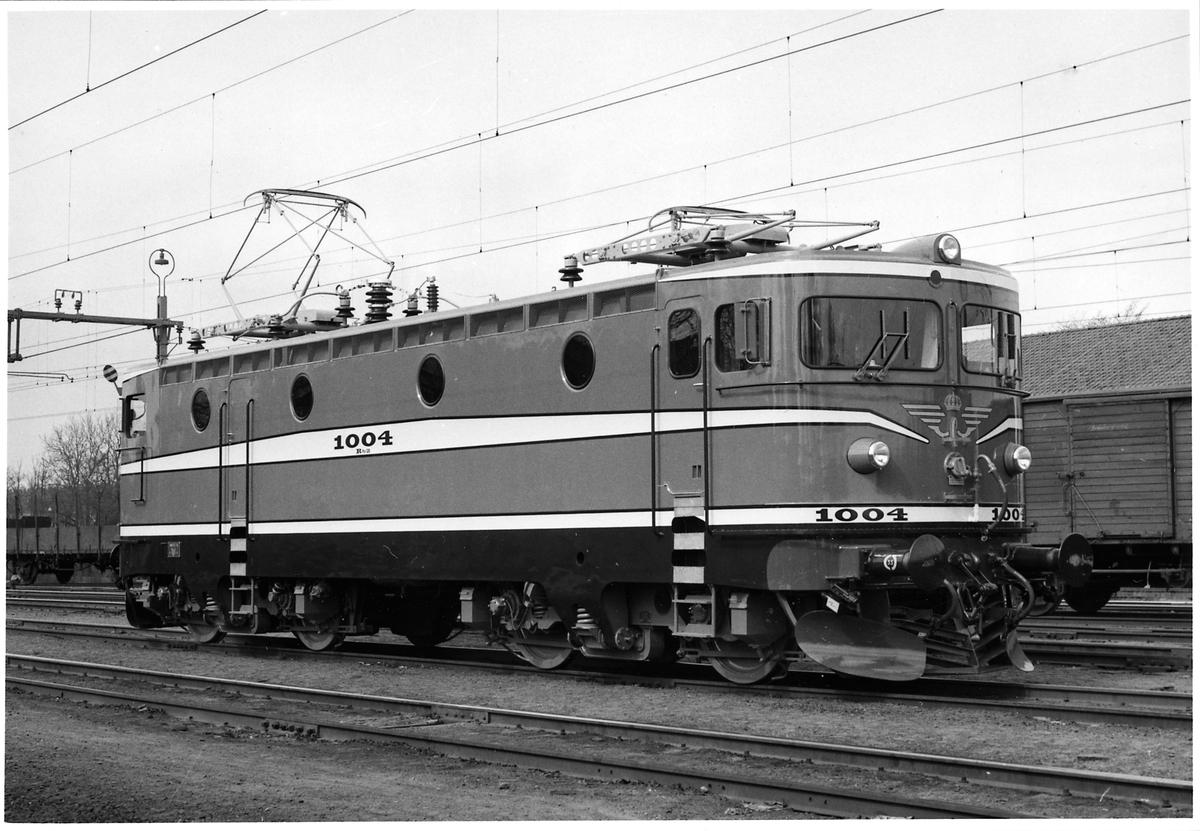 Statens Järnvägar SJ Rb2 1004 i Falköping C.