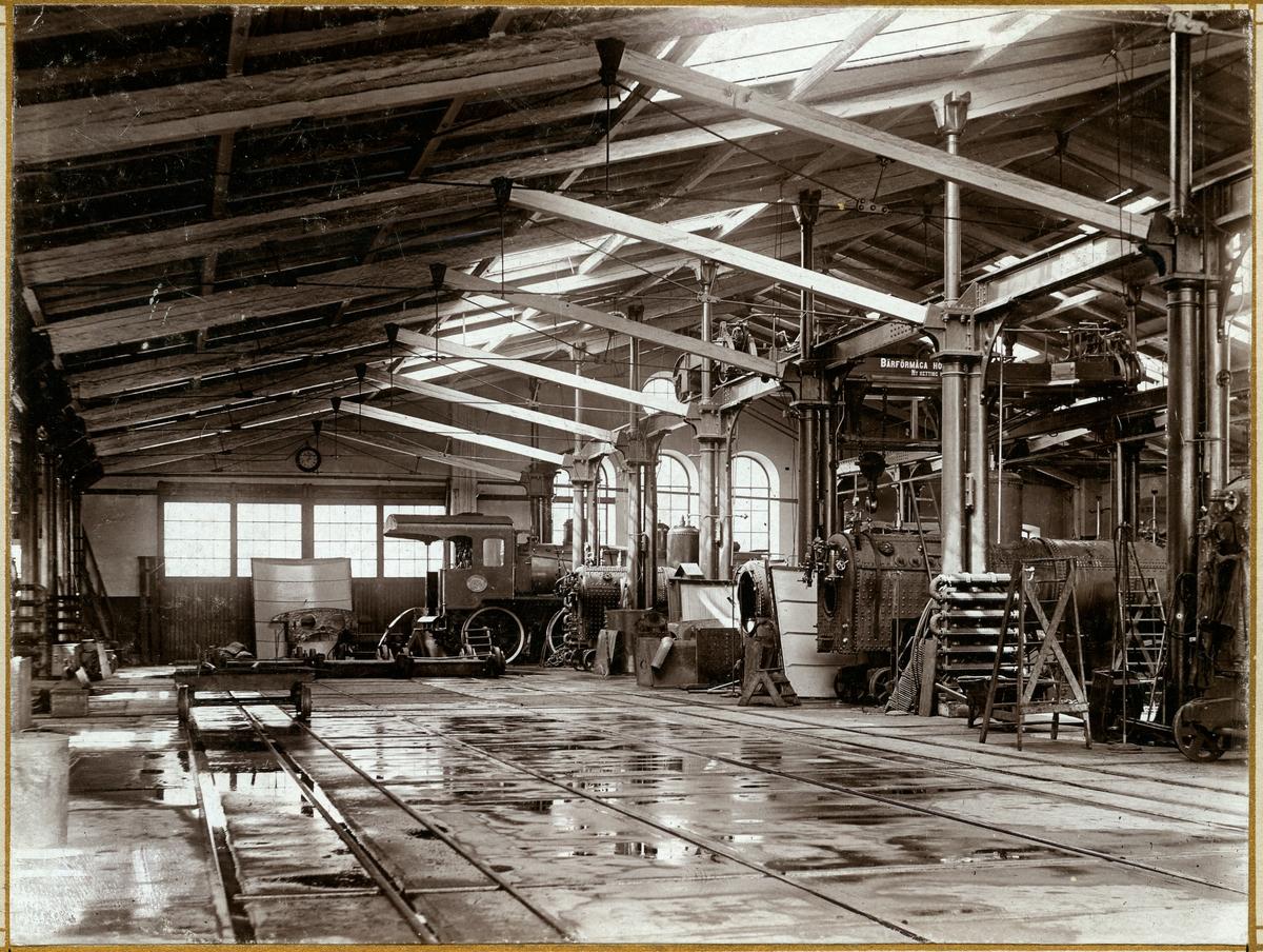 Interiör av lokverkstaden 1906 SJ Ta 714