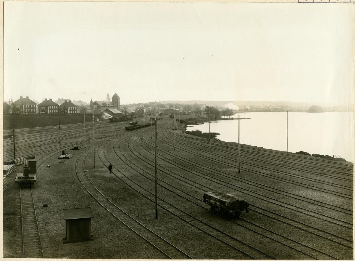 Nässjö, utsikt över godsbangården utvisande utfyllnads och spårarbeten år 1917.