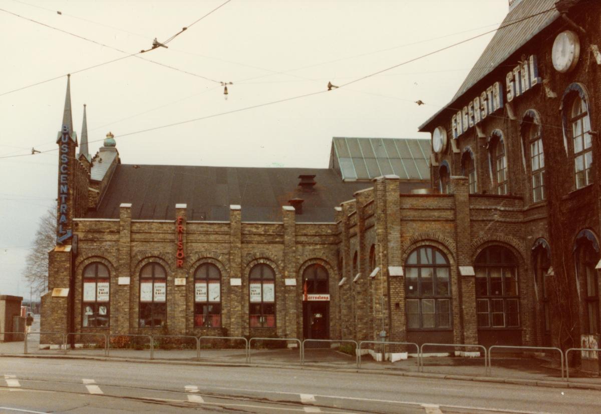 Göteborg Centralstation. I en av lokalerna fanns Frisersalong My Lord Klippotek.