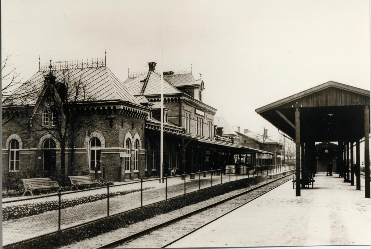 Hallsbergs station.