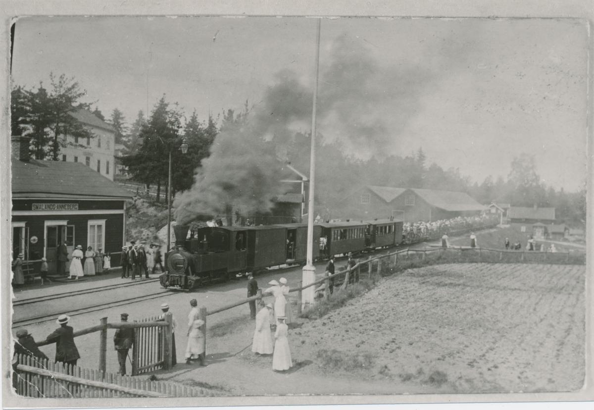 Smålands Annebergs station, midsommar 1916