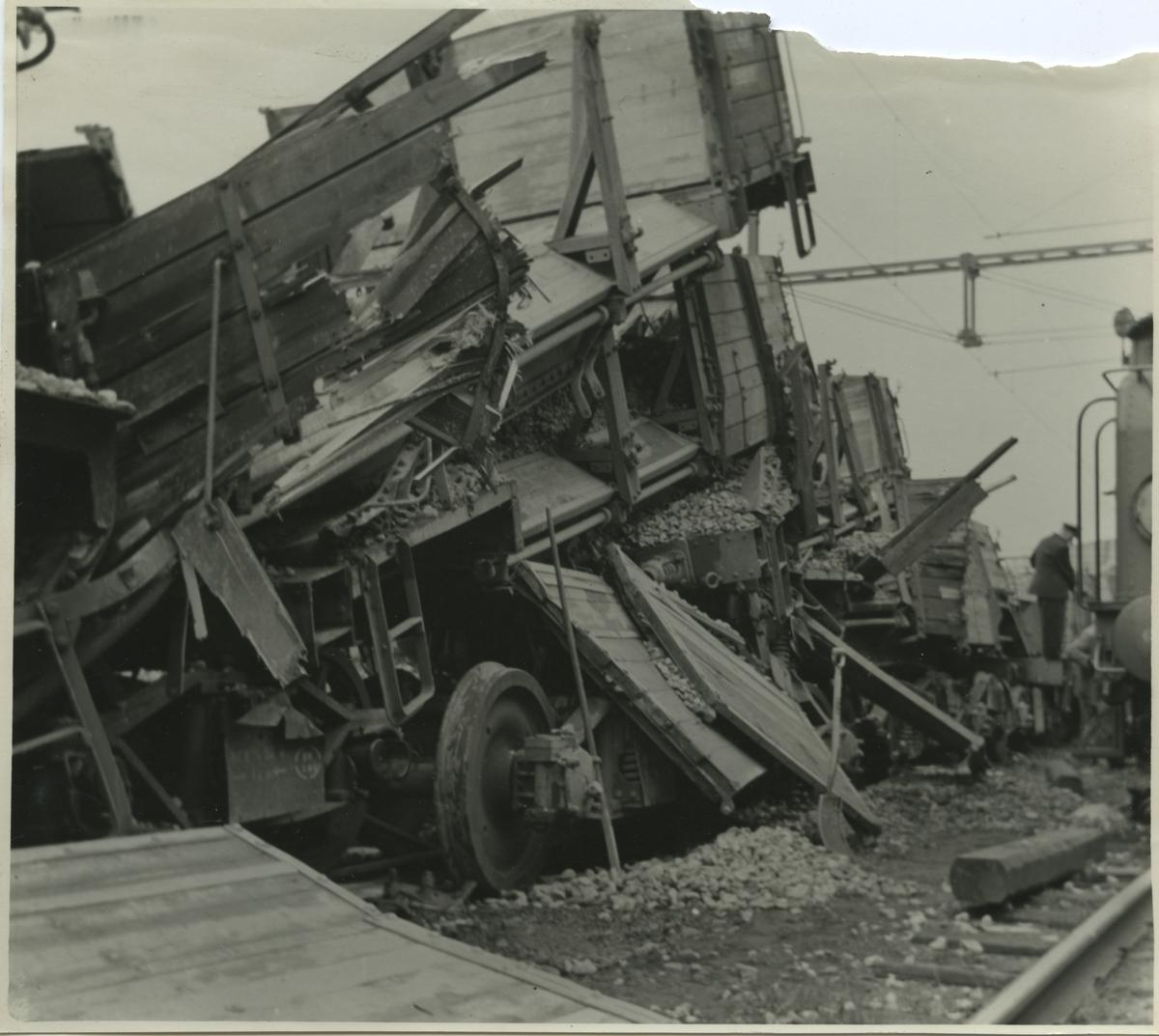 Tågolycka. Statens Järnvägar, SJ 423 och SJ 491.