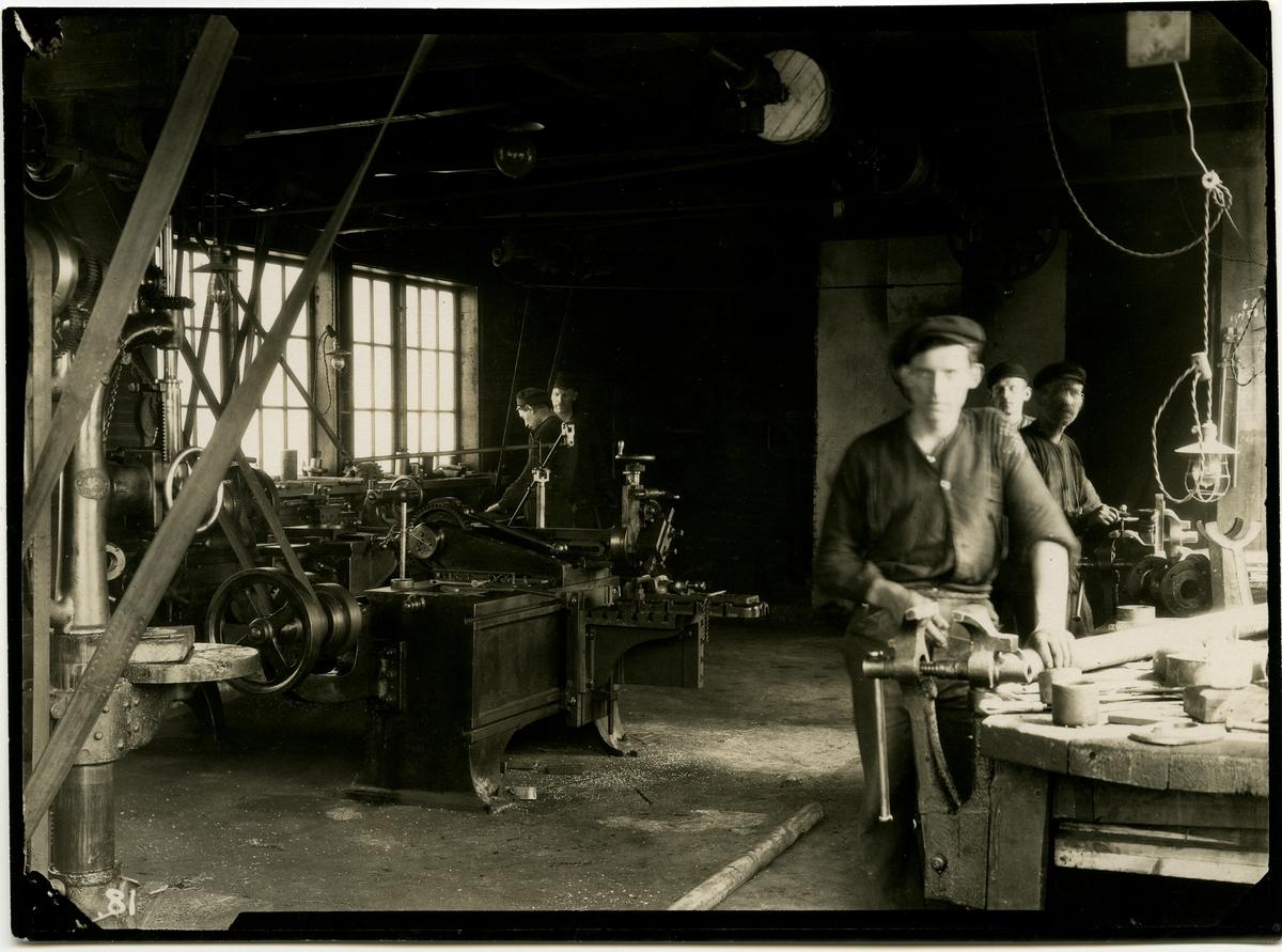 Torvpulverfabriken i Vislanda Reparationsverkstad