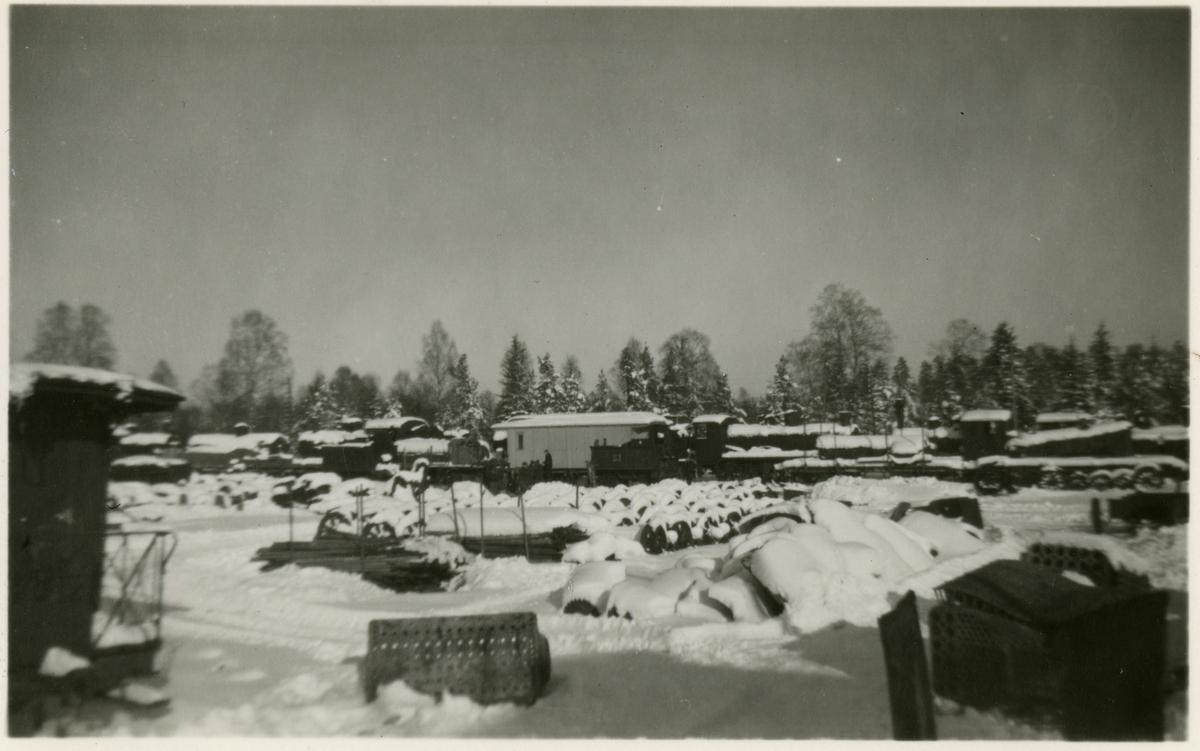 Skrotningsplats på området runt torvpulverfabriken i Vislanda