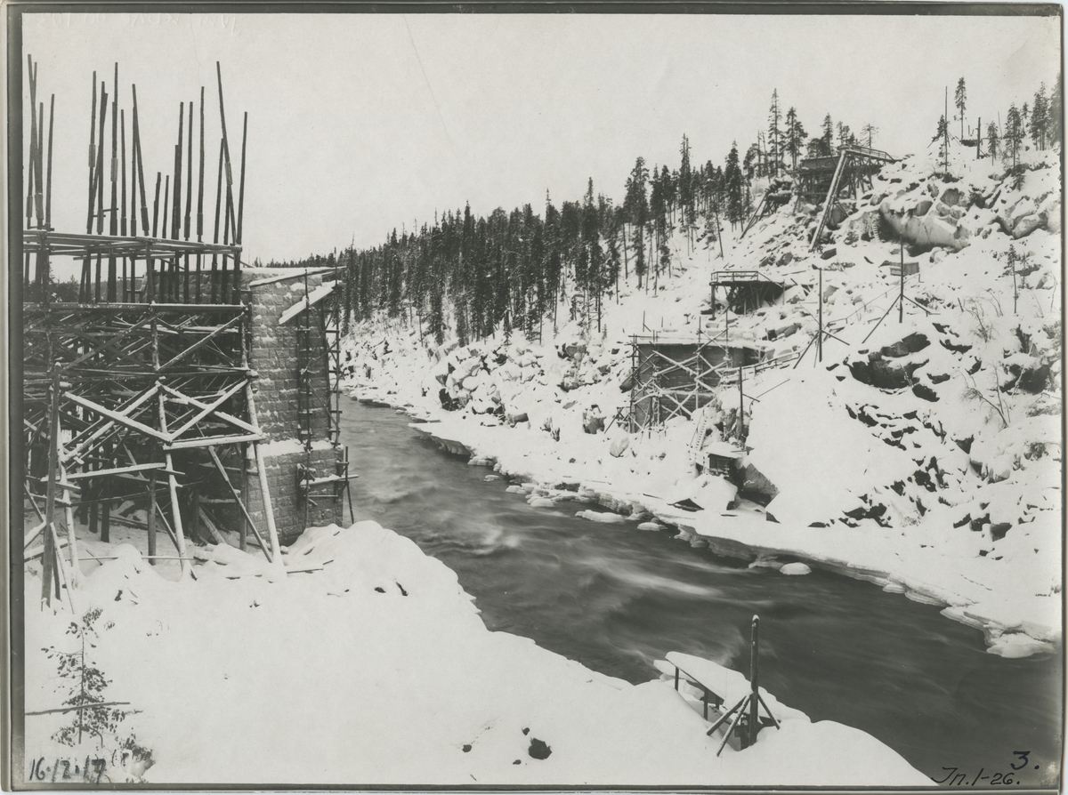 Järnvägsbrobygge vid Stora Luleälven.
