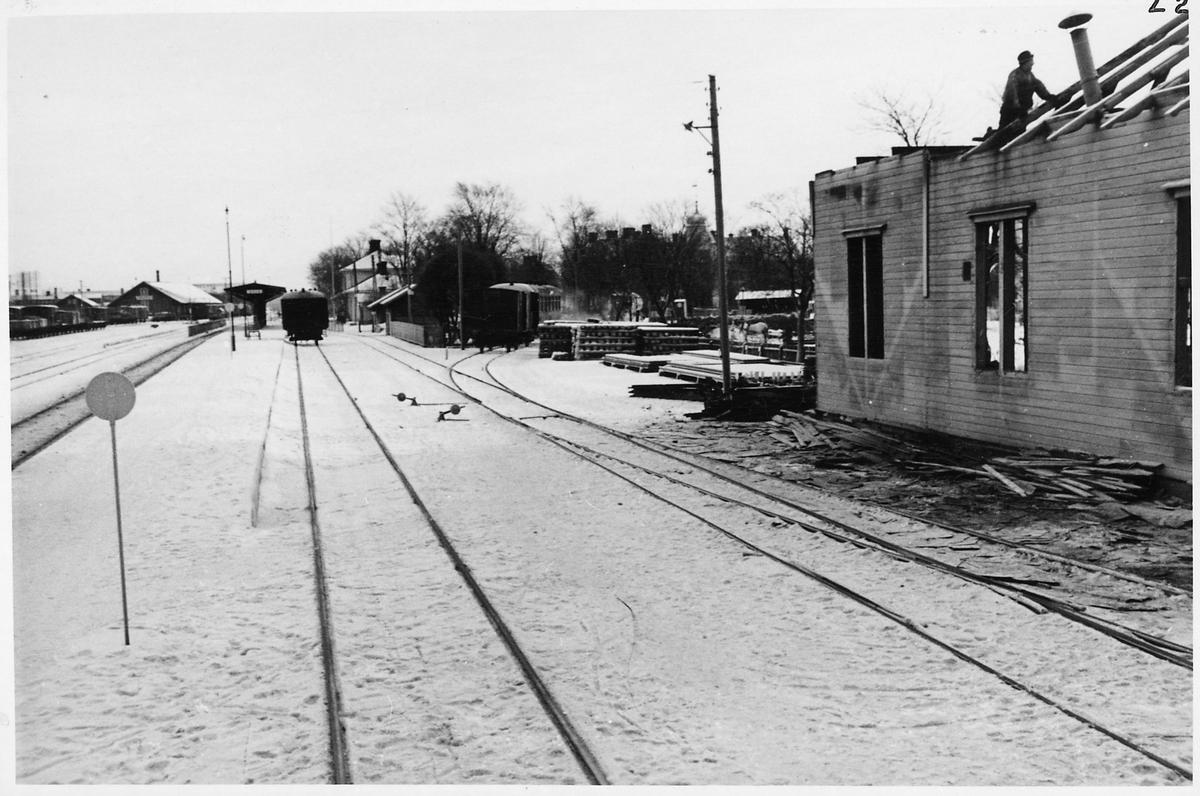 Sala station.