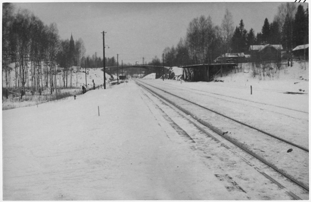 Bro någonstans på linjen vid Ervalla.