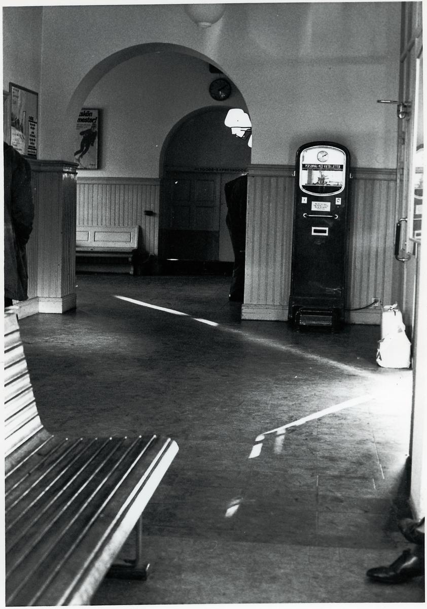 Väntsal på station i Hudiksvall.
