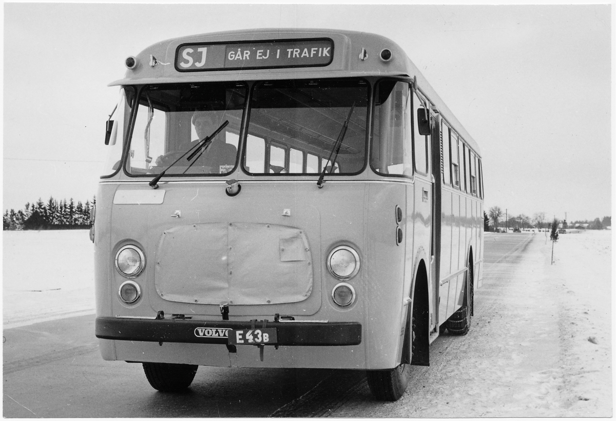 Statens Järnvägar, SJ buss 2561.