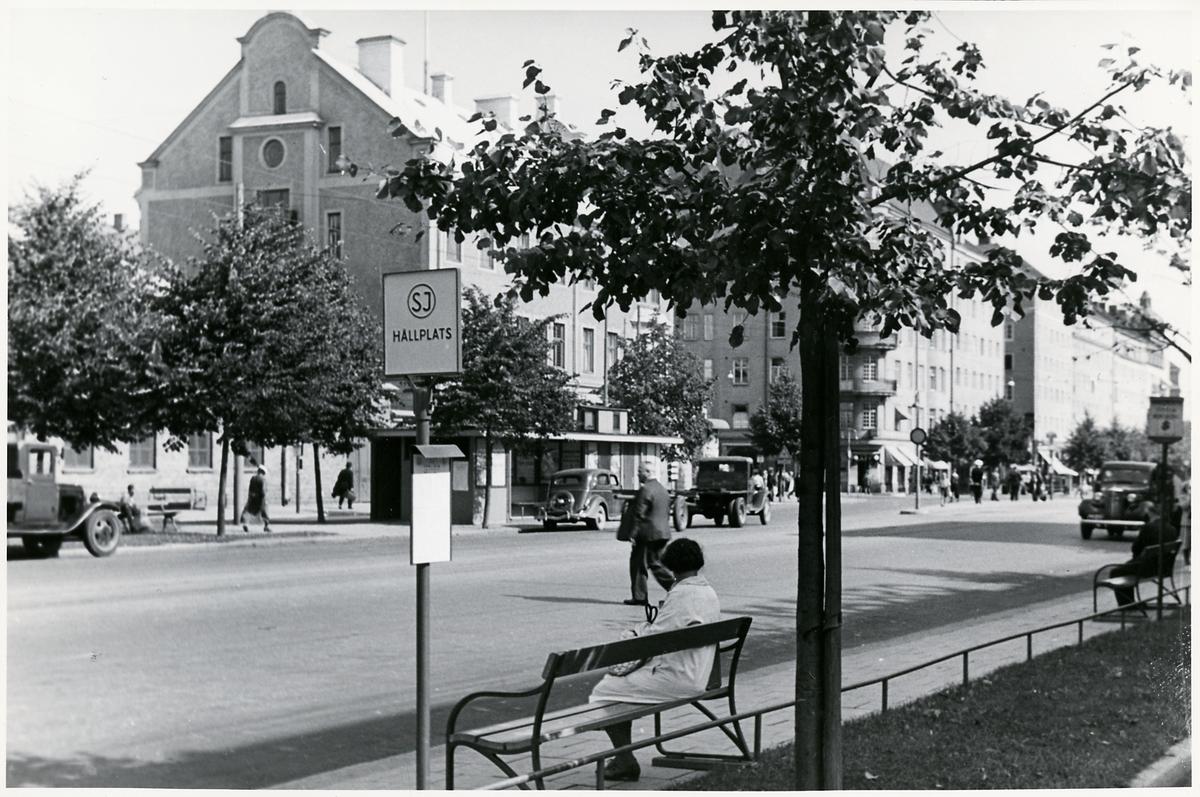Statens Järnvägar, SJ hållpats på ringvägen i Stockholm.
