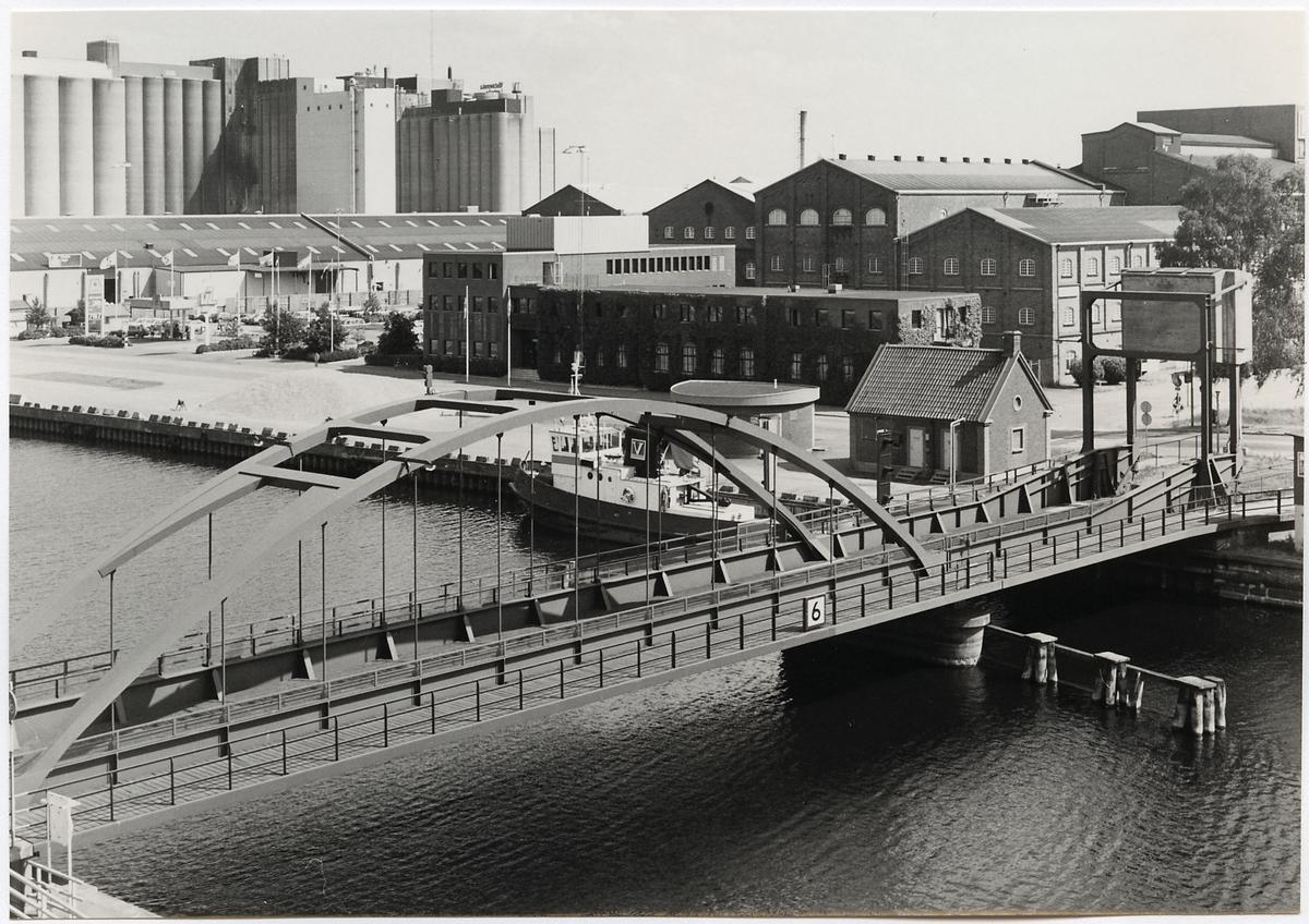 Järnvägsbro över Lidan i Lidköping på linjen mellan Lidköping och Tun.