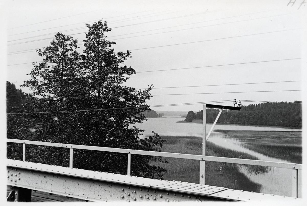 Bro vid Stråken på linjen mellan Margreteholm och Mullsjö.