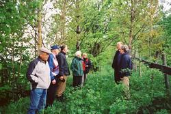 Vardalstreff på befaring av Gamlevegen gjennom Mæhlum gård