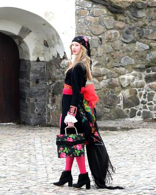 Promobilde - Makeløs Kristin E. Halkjelsvik