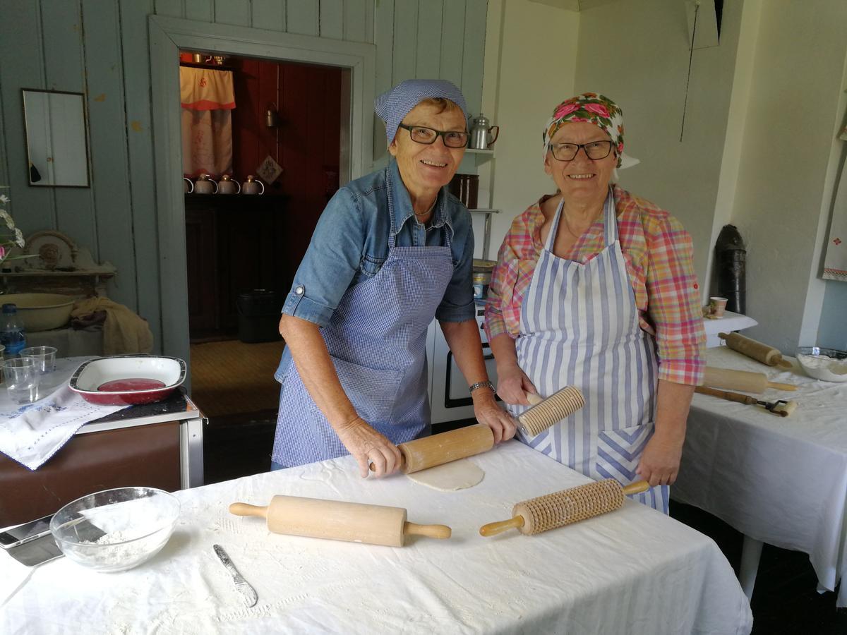 Bakere på Almenninga (Foto/Photo)