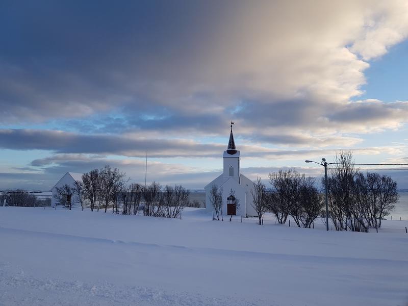 Kistrand kirke