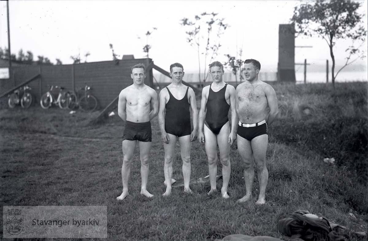 Firmasvømming D.S.D. .Strømvig bad / Strømvik bad