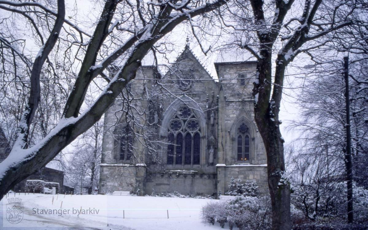 Domkirken i vinterdrakt.