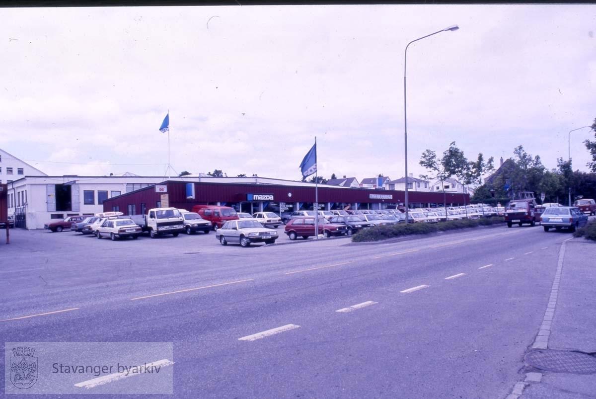 Bilforretning i Hillevåg