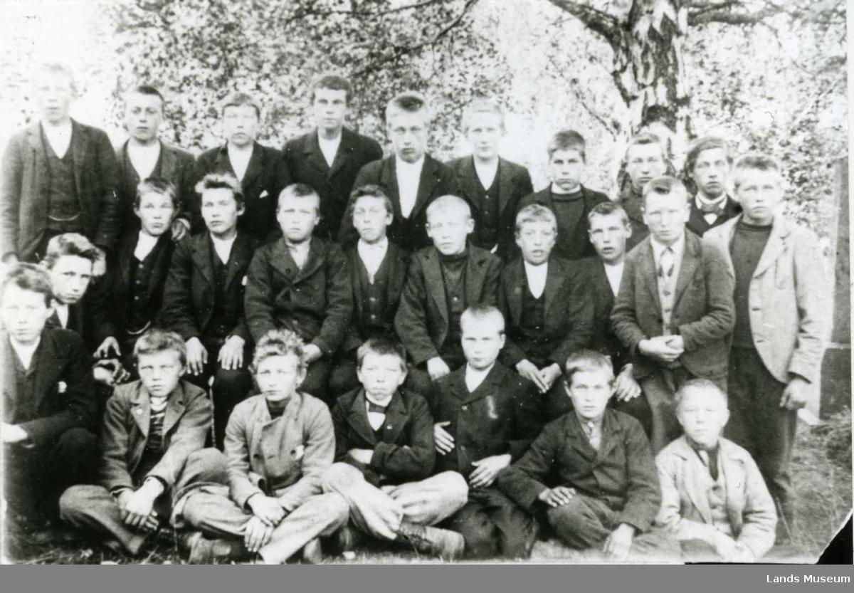 Mannlige konfirmanter i Fluberg 1903
