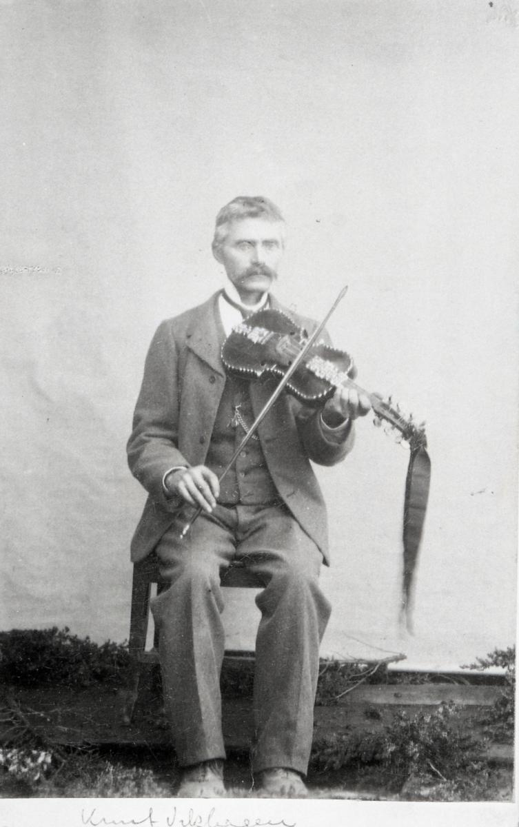 Knut Vikhagen.