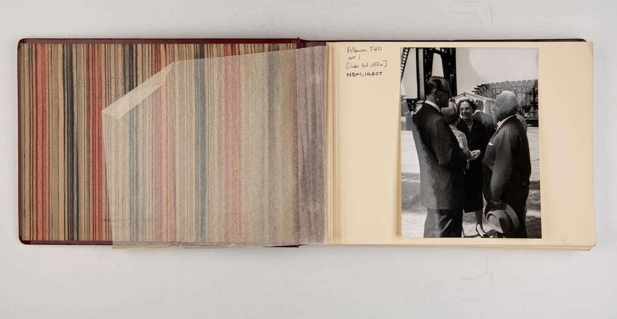 Album med fotografier fra skipsdåpen til M/S 'Belvera' 1959.
