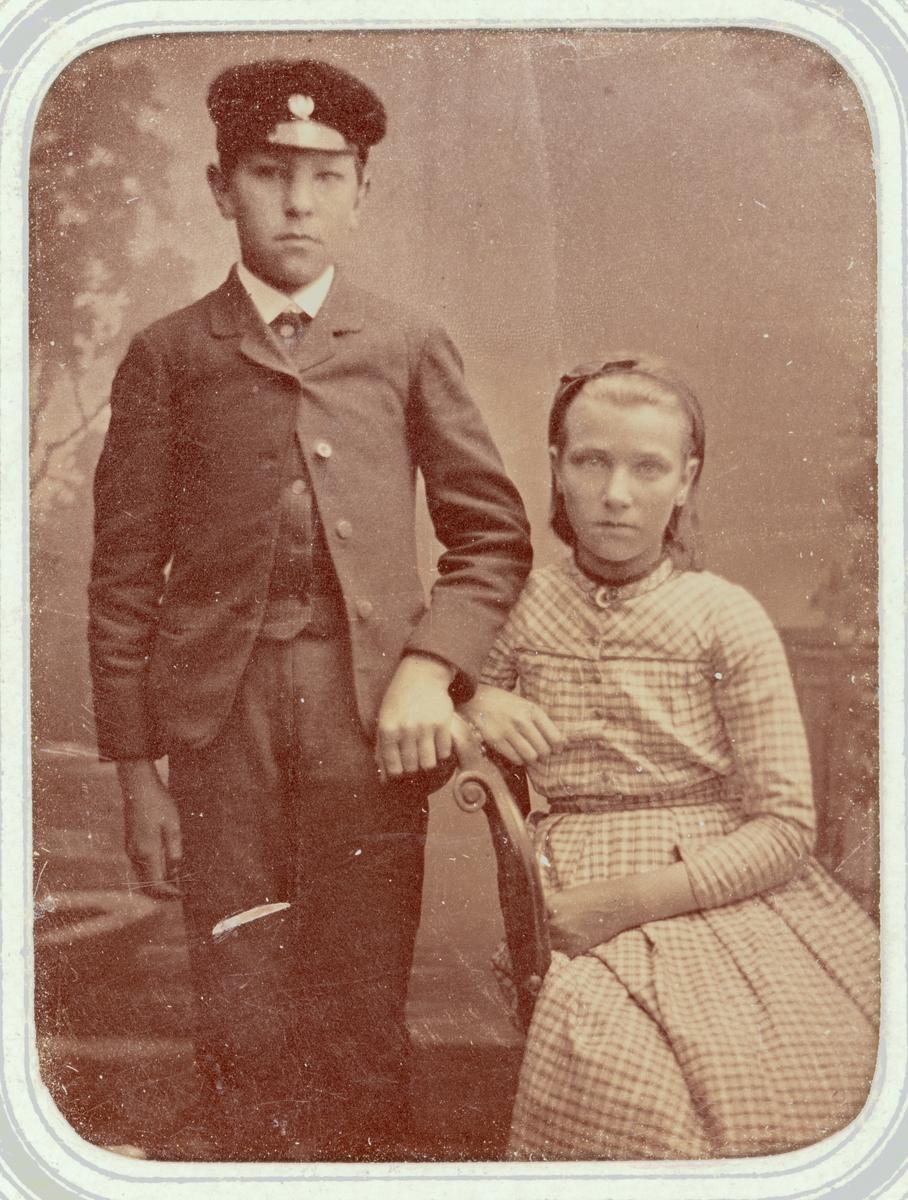 Kabinettsfotografi - Jenny (Hedvig Johanna) och Henrik Wenster, sannolikt Uppsala, omkring 1880