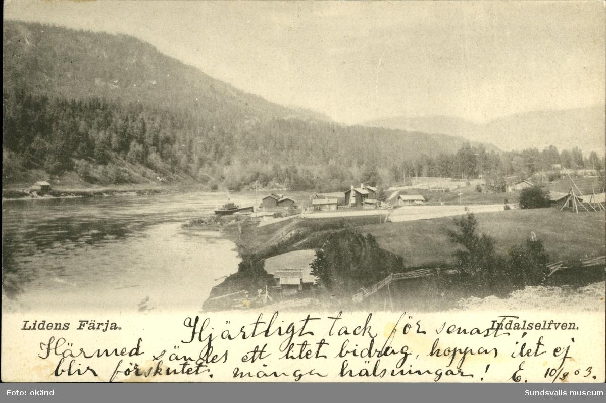Vykort med motiv över Lidenfärja som trafikerade Indalsälven.