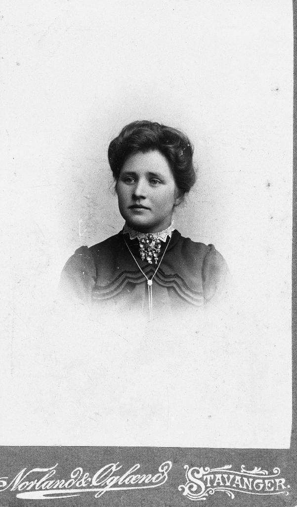 Inga Bolme f. Kverneland (1885 - )
