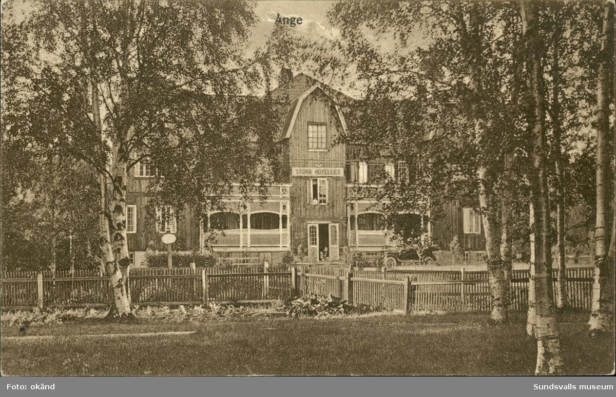 Vykort med motiv över Stora Hotellet i Ånge.