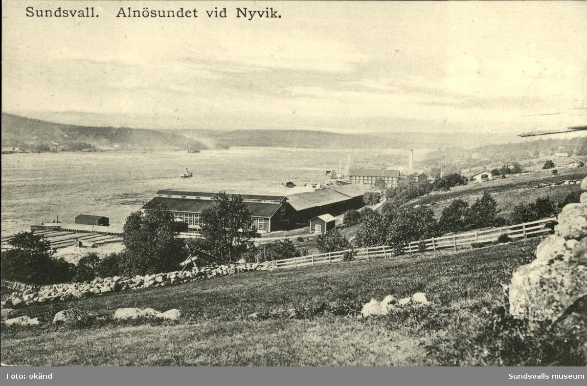 Vykort med motiv över Alnösundet vid Nyvik.