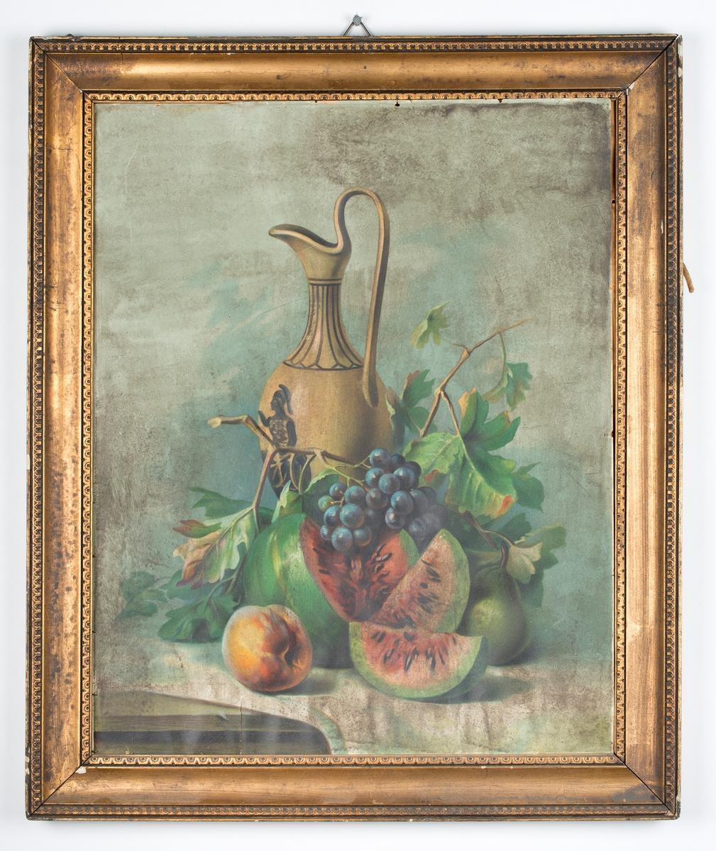 Motiv. Krukke , frukt og blader i stilleben. Forgylt ramme. Er nok en reproduksjon