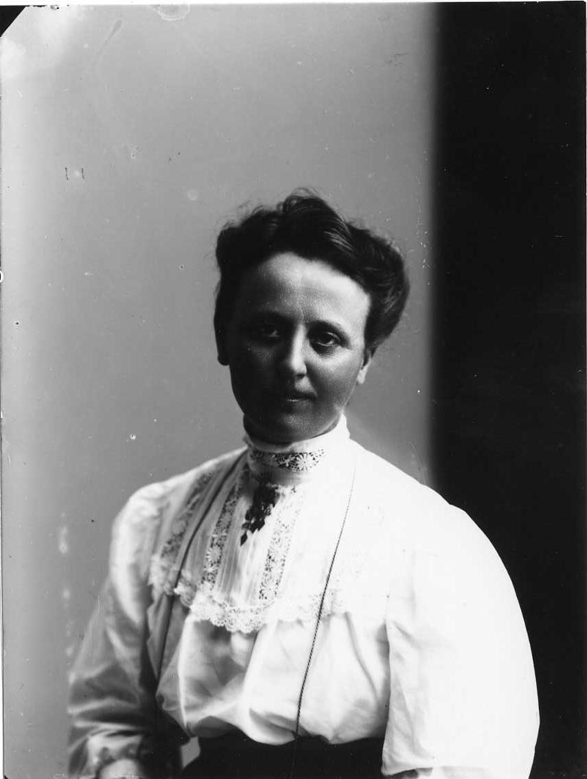 Porträtt av Ebba Wirén.