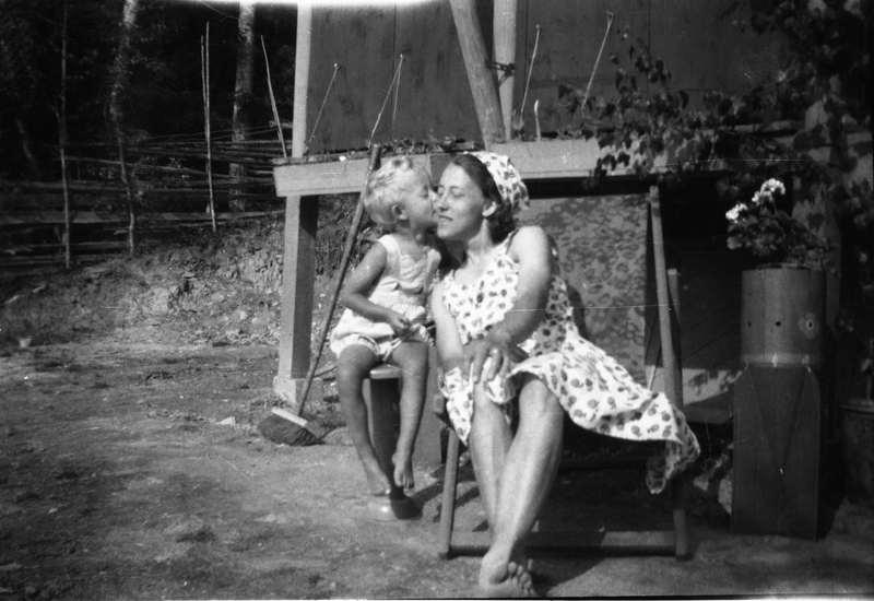 Ferieidyll ved Randsfjorden ca 1950. Eier: Randsfjordmuseet (Foto/Photo)