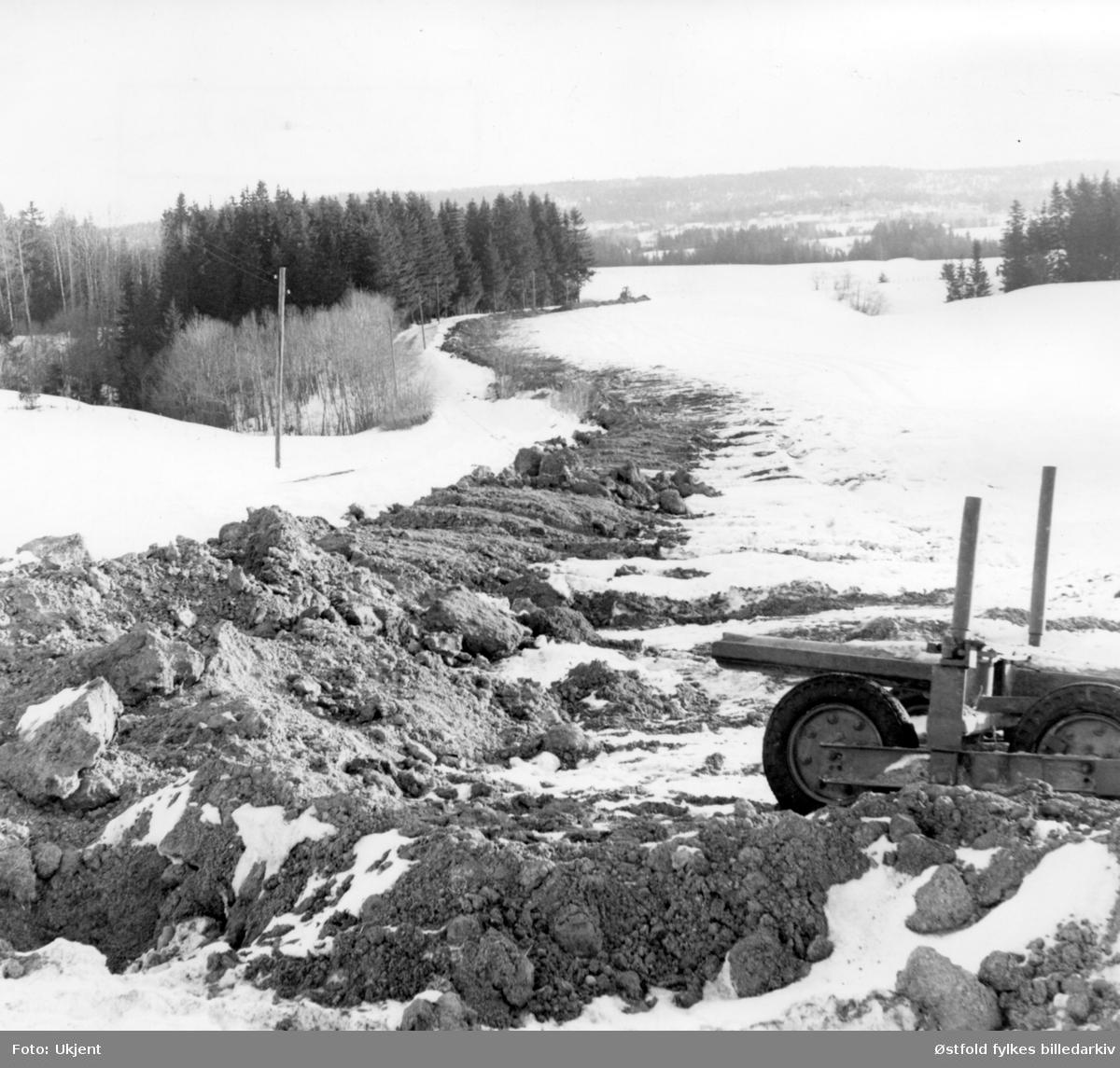 Anlegg av Trømborg vannverk i Eidsberg, 1970.