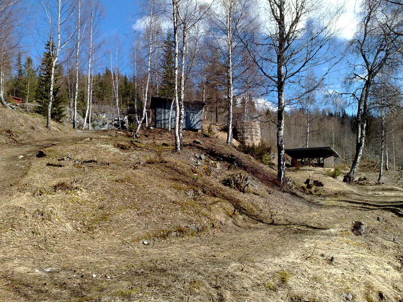 Rester etter Grua kalkverk i Østhagan. Foto: Randsfjordmuseet