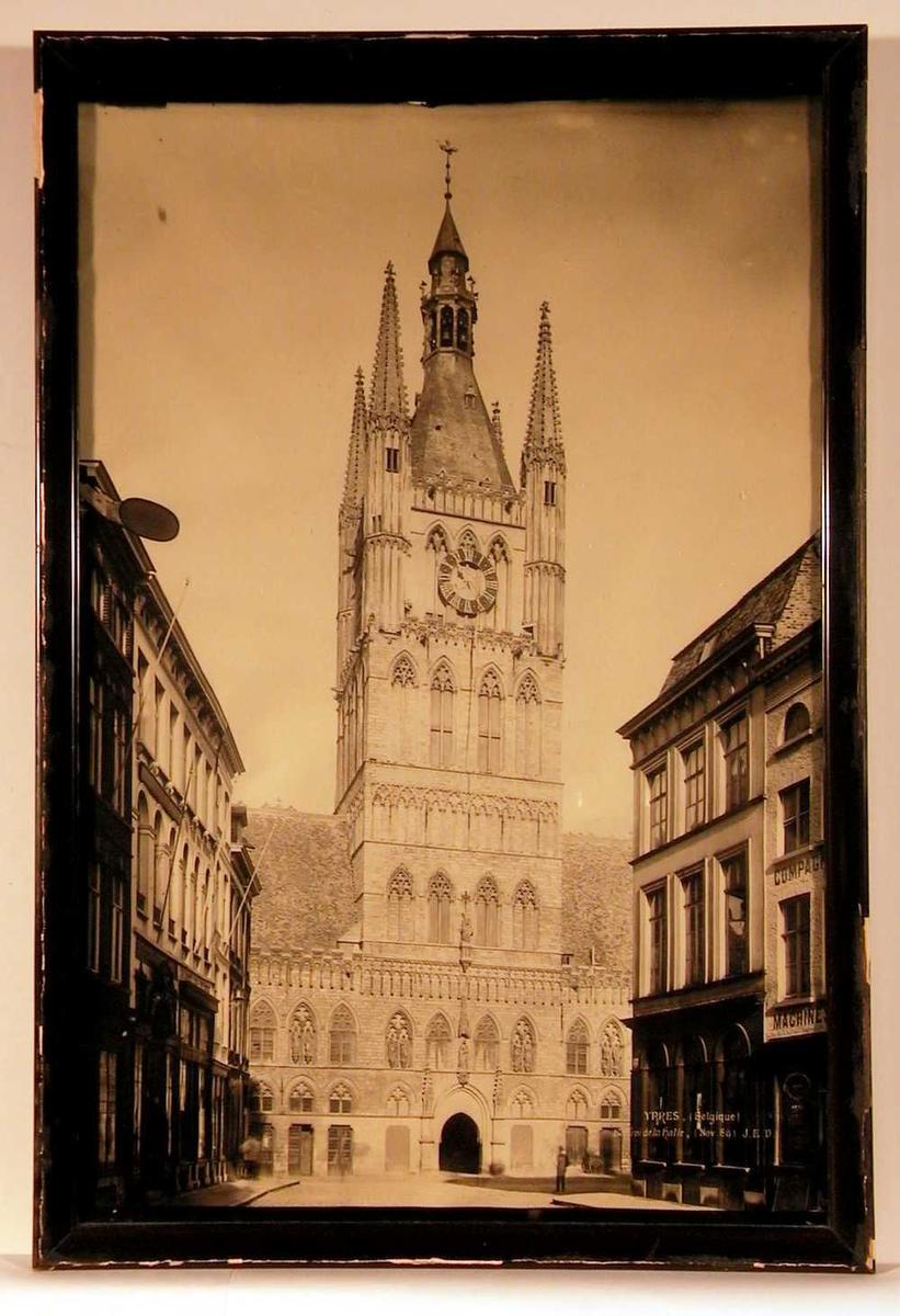 Klokketårnet i Ypres.