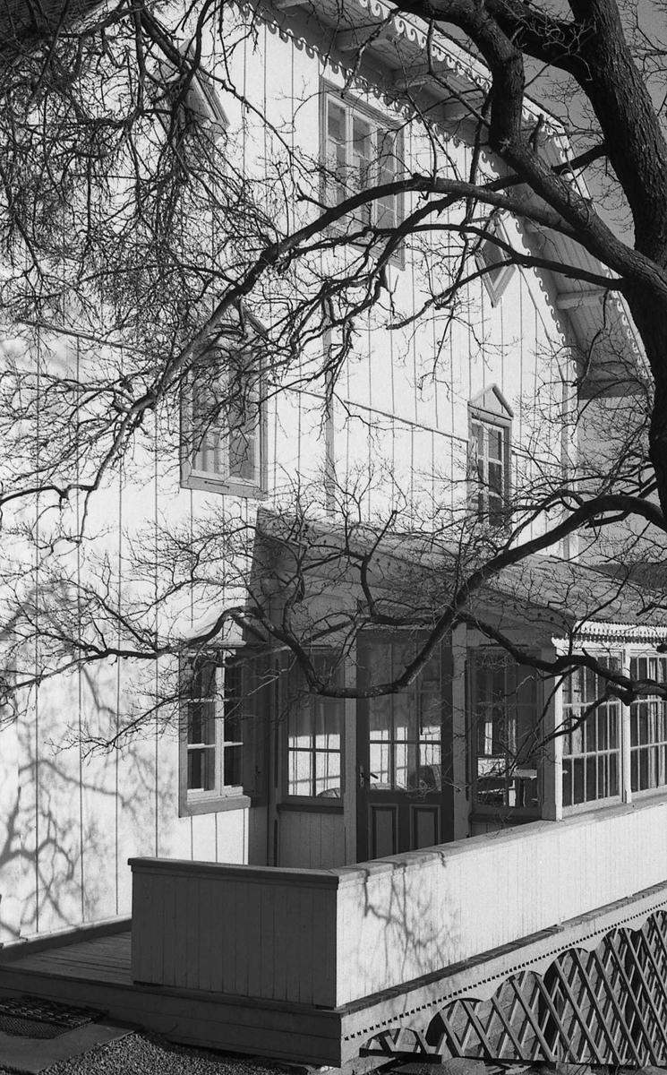 DOK:1971, Aulestad, glassveranda,