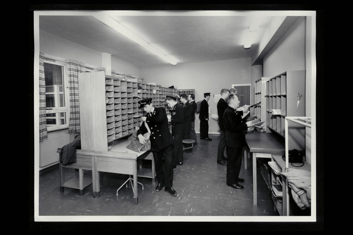 interiør, postkontor, 5031 Laksevåg, budavdeling, sortering, postbud