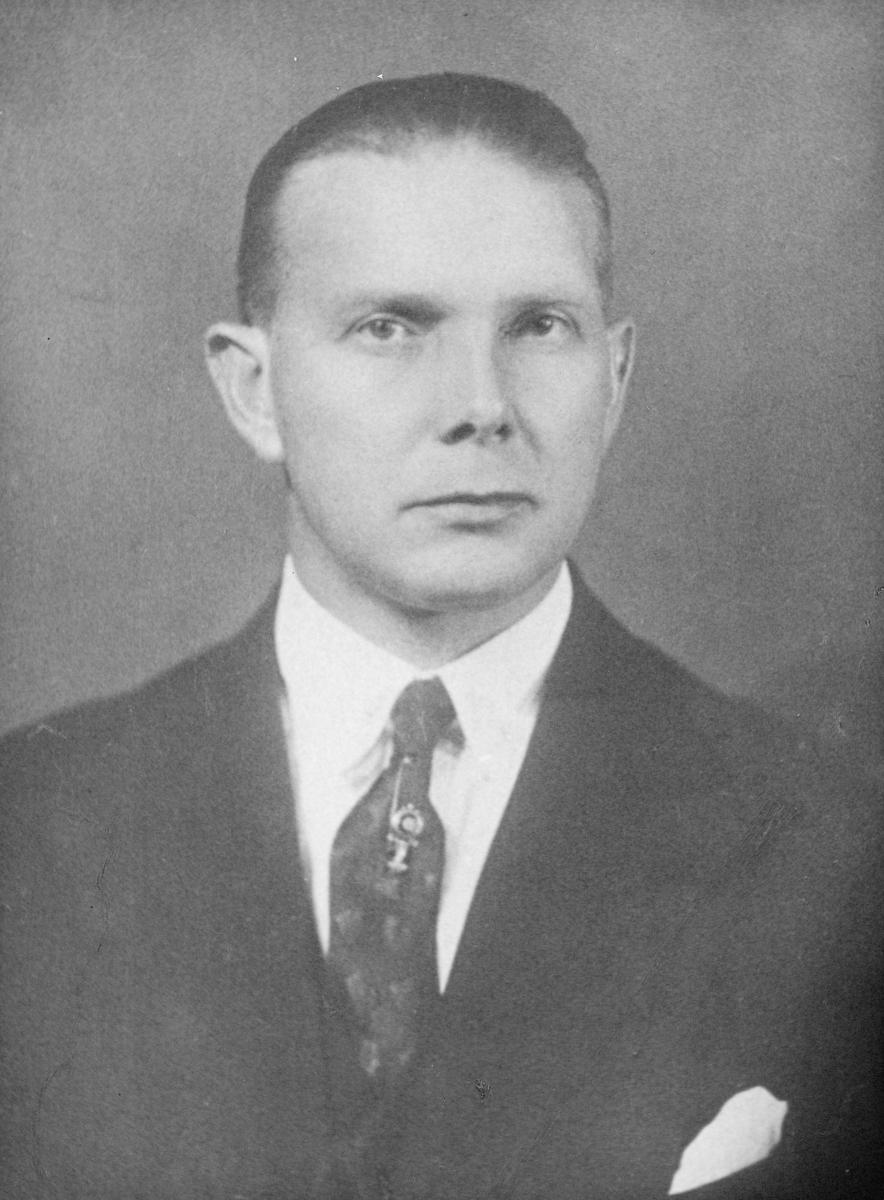 postmester, Halvor Bævre, portrett