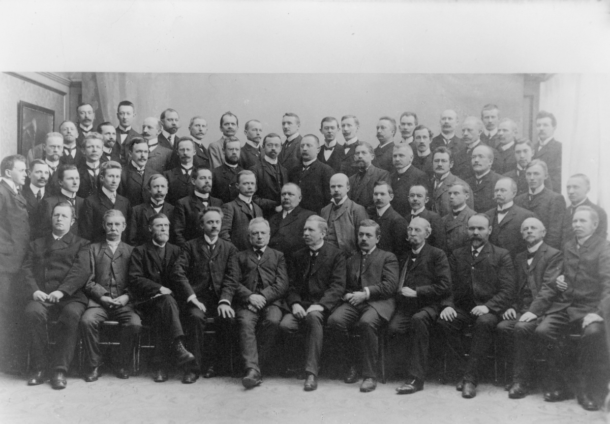 gruppebilde, postkontor, Oslo, personale ved reiseavdelingen 1. mai 1909, Kristiania omkarteringskontor