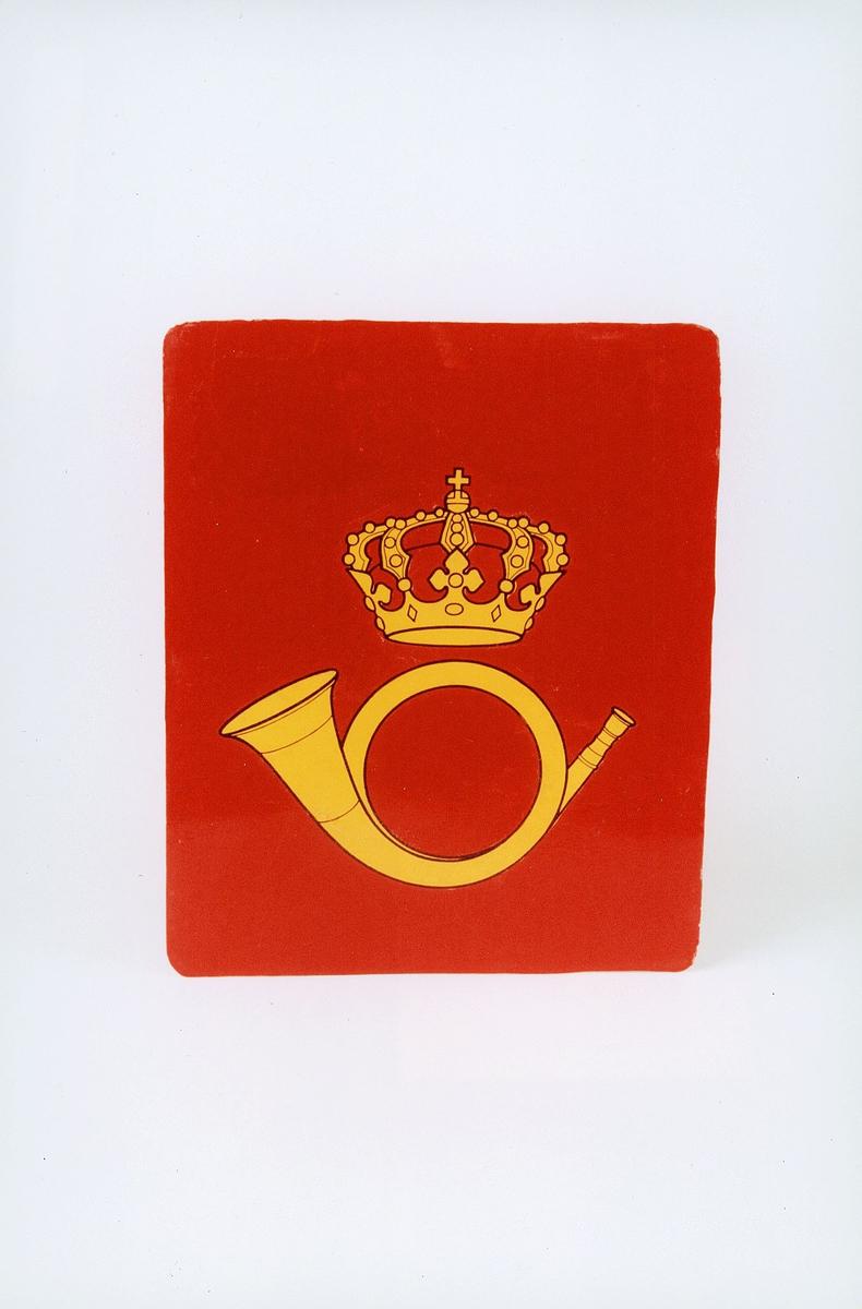 Rødt med postlogo. Gammelt posthorn og krone. ex