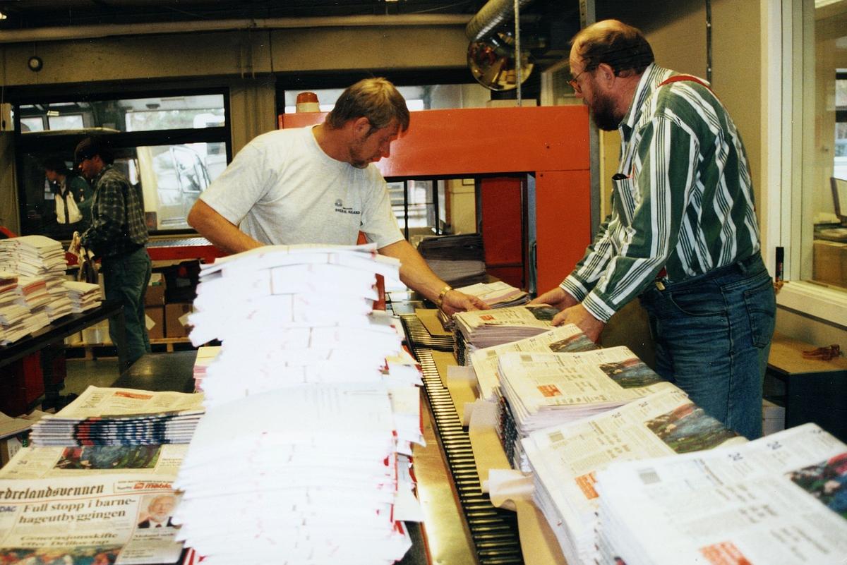 diverse, avistrykkeri, Fædrelandsvennen reddet