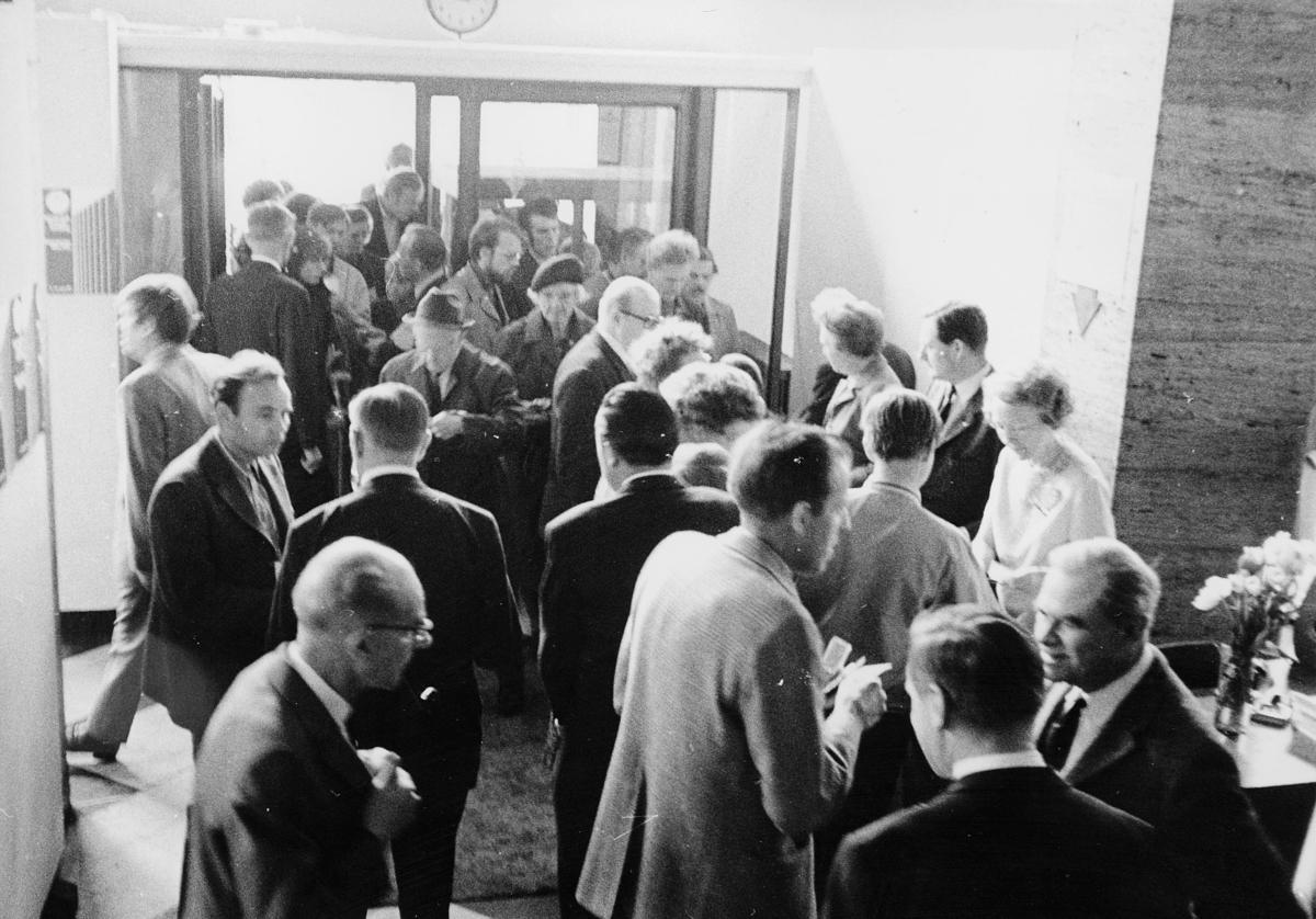 markedsseksjonen, Internordisk frimerkeutstilling, Kunstnernes Hus, Posthornet 100 år, filateli, mennesker